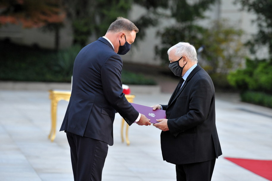 Prezydent RP Andrzej Duda oraz nowo powołany na stanowisko wicepremiera Jarosław Kaczyński / Radek Pietruszka   /PAP