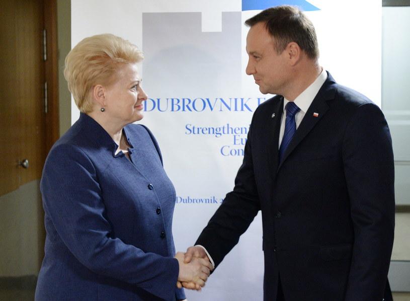 Prezydent RP Andrzej Duda (P) i prezydent Litwy Dalia Grybauskaite (L) podczas spotkania w Dubrowniku /Jacek Turczyk /PAP