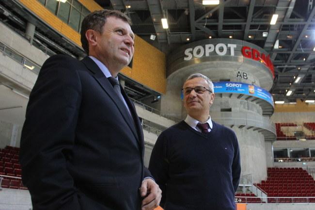 Prezydent Sopotu Jacek Karnowski (z lewej) i Andrzej Biernat (minister sportu) /Piotr Wittman /PAP