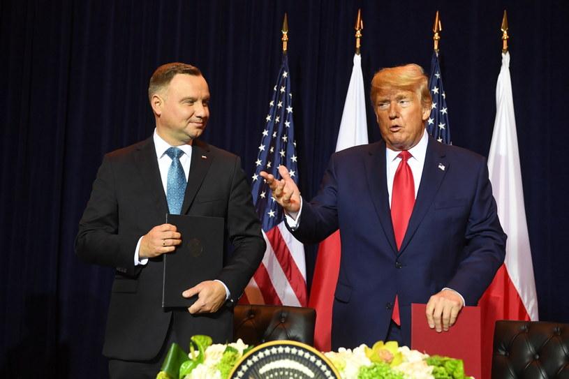 Prezydent Stanów Zjednoczonych Ameryki Donald Trump (P) oraz Prezydent RP Andrzej Duda (L) podczas spotkania bilateralnego z okazji szczytu klimatycznego, w przeddzień debaty generalnej Zgromadzenia Ogólnego ONZ w Nowym Jorku / Radek Pietruszka   /PAP