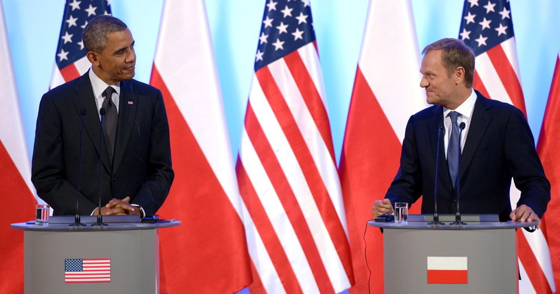 Prezydent Stanów Zjednoczonych Barack Obama (L) oraz premier Donald Tusk (P) podczas konferencji prasowej. /Leszek Szymański /PAP