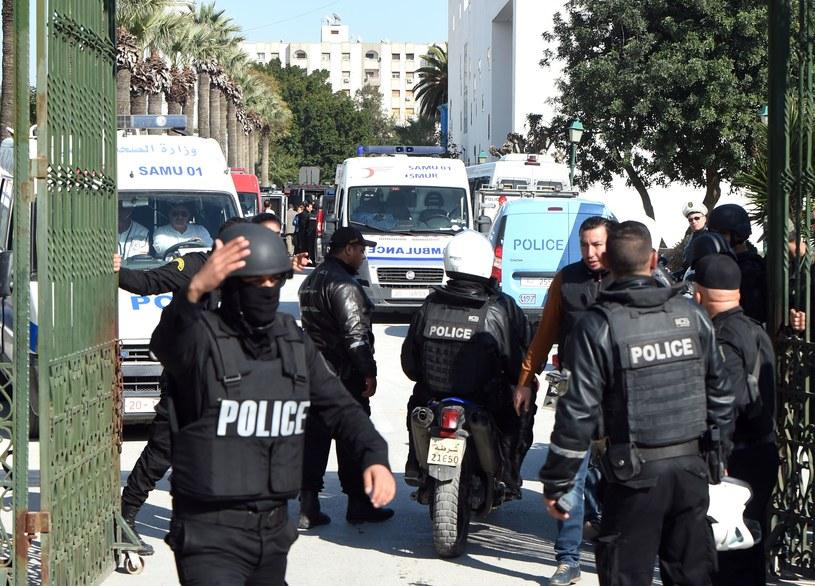 Prezydent Tunezji odwiedził rannych w szpitalu w Tunisie /AFP