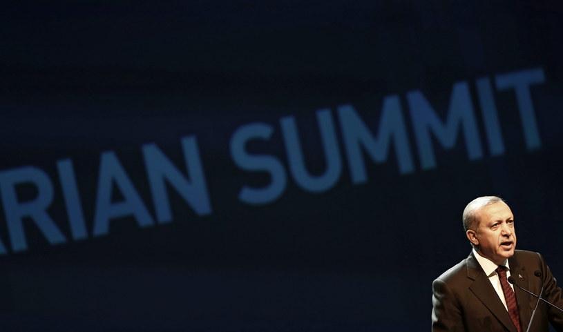 Prezydent Turcji na otwarciu Światowego Szczytu Humanitarnego ONZ w Stambule /SEDAT SUNA /PAP/EPA