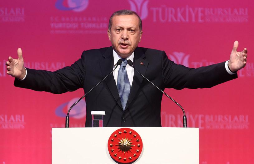 Prezydent Turcji Recep Erdogan wskazał winnych zamachu /AFP