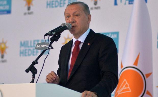 Prezydent Turcji: To atak na naszą flagę. Chcą nas rzucić na kolana