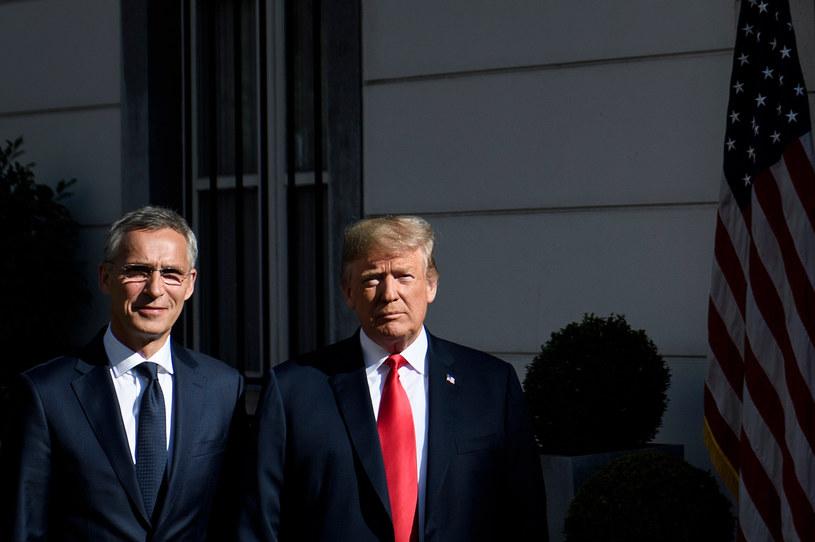 Prezydent USA Donald Trump i sekretarz generalny Sojuszu Jens Stoltenberg /Brendan Smialowski /AFP