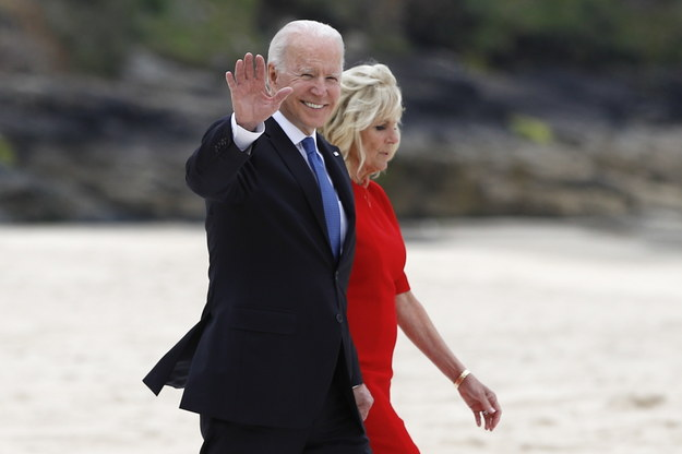 Prezydent USA Joe Biden z małżonką Jill Biden /Phil Noble - Pool /PAP/EPA