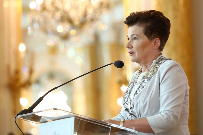 Prezydent Warszawy Hanna Gronkiewicz-Waltz podczas uroczystej sesji Rady Warszawy /PAP