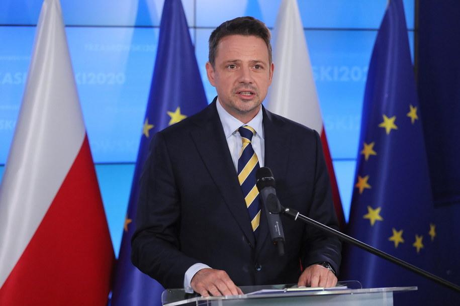 Prezydent Warszawy Rafał Trzaskowski podczas oświadczenia dla mediów w Biurze Krajowym PO w Warszawie /Paweł Supernak /PAP