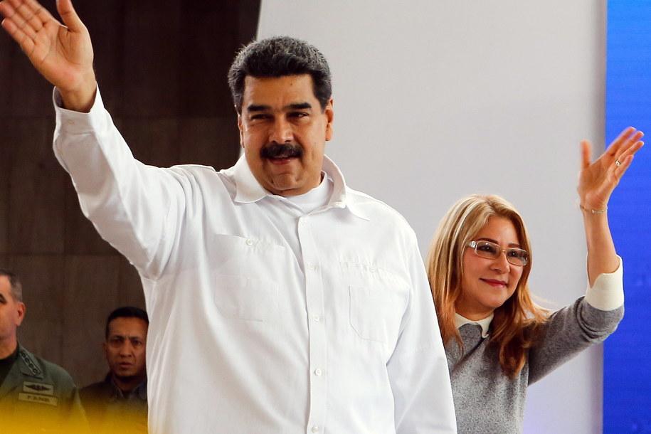 Prezydent Wenezueli Nicolas Maduro wraz z żoną Cilią Flores. /MIRAFLORES HANDOUT /PAP/EPA