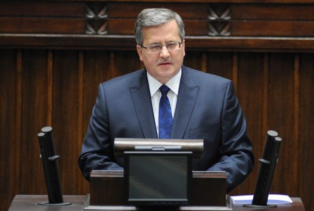 Prezydent wygłasza orędzie, fot. Jacek Turczyk /PAP