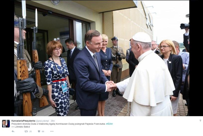 Prezydent żegna papieża /Twitter