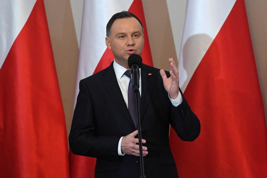 Prezydent zgodził się na ogromne dofinansowanie TVP / Radek Pietruszka   /PAP