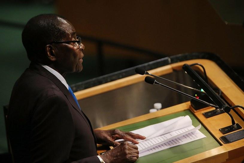 Prezydent Zimbabwe otrzymał pokojową nagrodę Konfucjusza /AFP
