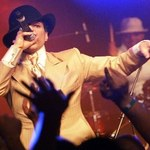 Prince atakuje strony swoich fanów
