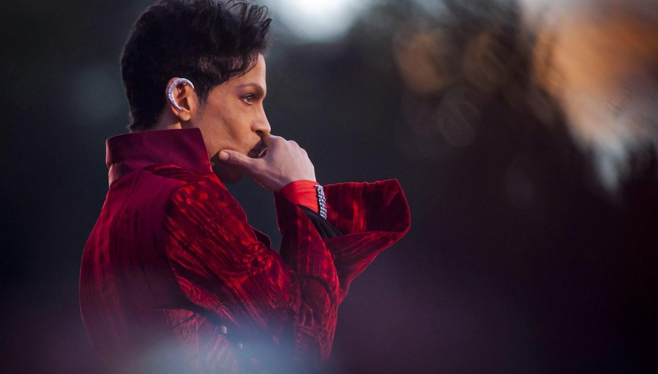 Prince nie żyje. Do śmierci legendy muzyki mogły przyczynić się narkotyki