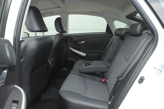 prius fotele tył /Motor