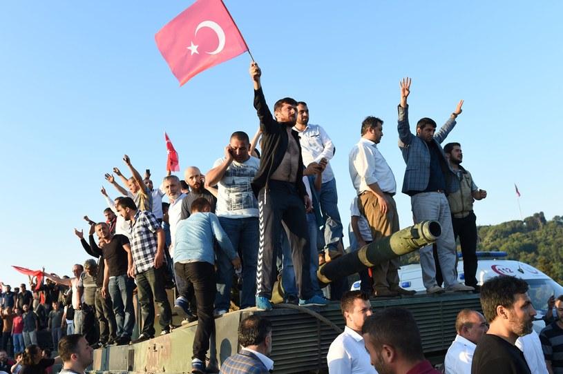 Próba zamachu stanu w Turcji /AFP