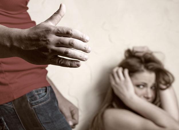 Problem przemocy w rodzinie bywa bagatelizowany przez policję, zwłaszcza w małych miejscowościach /Picsel /123RF/PICSEL