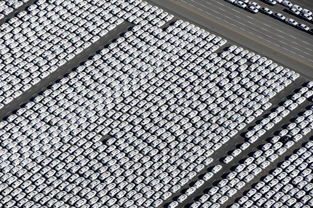Problemem dotkniętych jest od 140 do 170  tys. aut z rynku pierwotnego /AFP