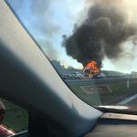 Problemy na A2 po pożarze dwóch ciężarówek