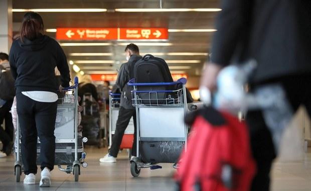 Problemy pasażerów na Lotnisku Chopina. Awaria systemu komputerowego