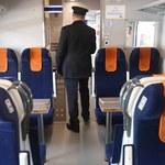 Problemy w pociągu PKP. Wszystkie toalety się zepsuły