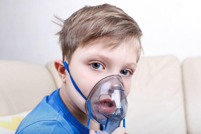 Problemy z oddychaniem /©123RF/PICSEL