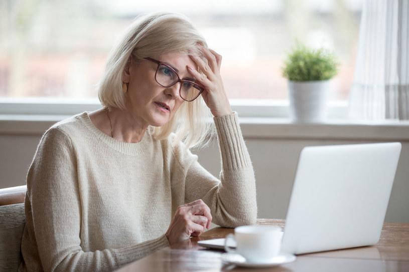 Problemy z pamięcią to często pierwszy symptom choroby Alzheimera /123RF/PICSEL