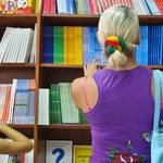Problemy z podręcznikami przed początkiem roku szkolnego