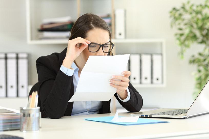 Problemy ze wzrokiem wymagają doboru odpowiednich szkieł /123RF/PICSEL
