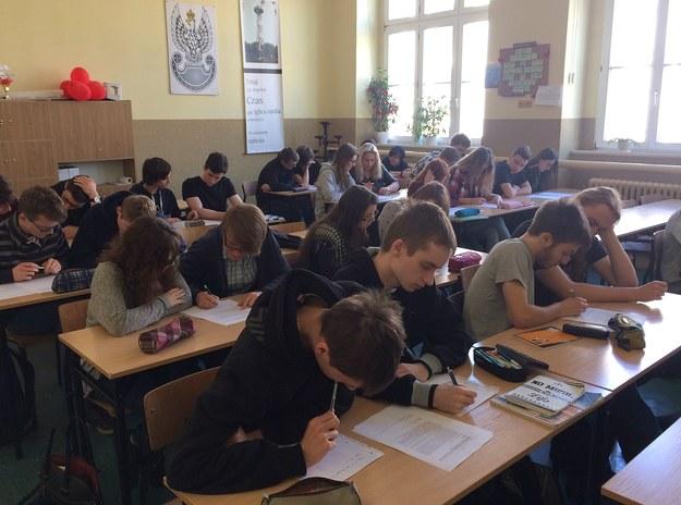 Próbna matura w VIII LO im. Marii Skłodowskiej-Curie w Katowicach. /Anna Kropaczek /RMF FM