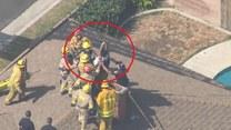 Próbował się włamać do domu przez komin. Musieli wyciągać go strażacy