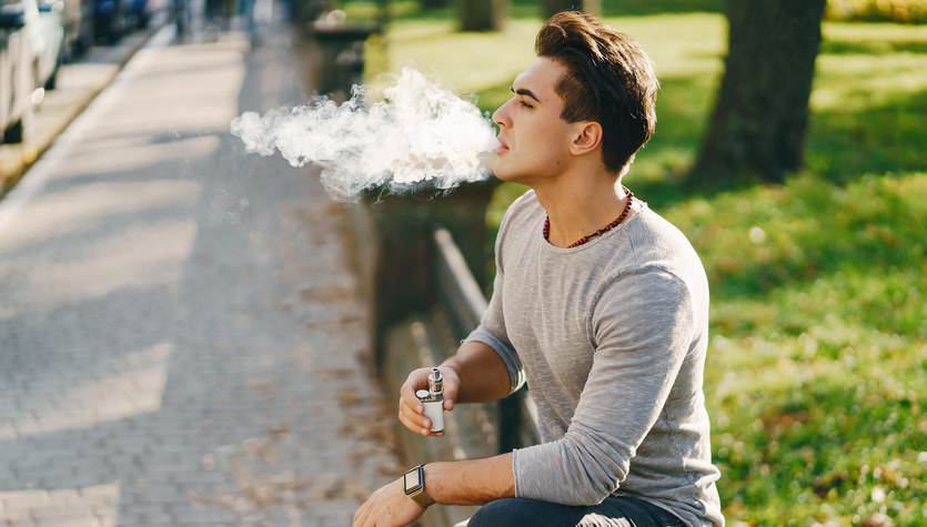 Próbujesz rzucić palenie? Z e-papierosami będzie dużo trudniej