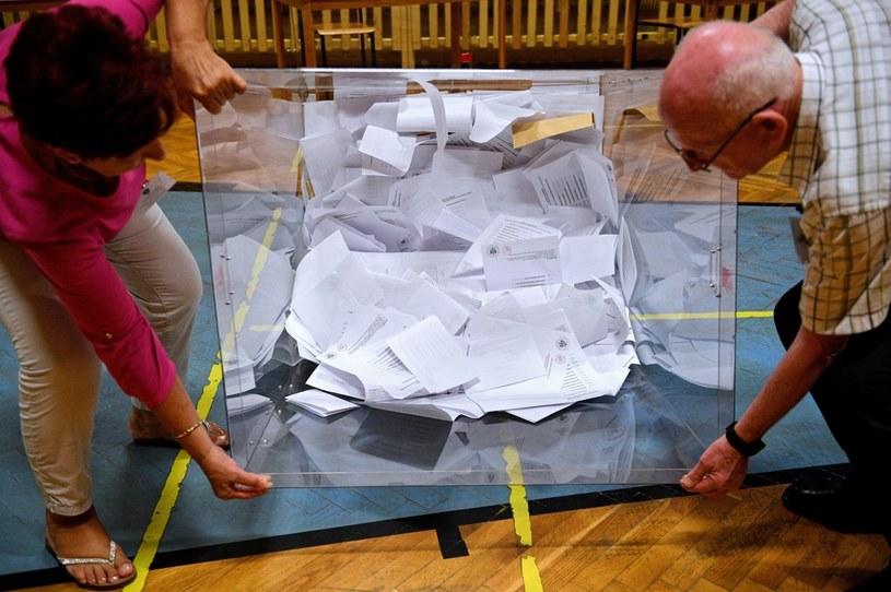 Procedura liczenia głosów, zdj. ilustracyjne /Darek Delmanowicz /PAP