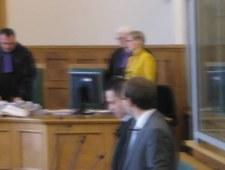 Proces oskarżonego o zabójstwo w biurze PiS - za zamkniętymi drzwiami
