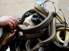 Procesja z udziałem węży