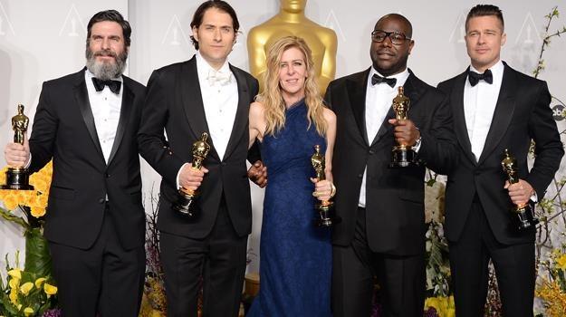 """Producenci (m.in. Steve McQueen i Brad Pitt) """"Zniewolonego"""" mają powody do radości / fot. J. Merritt /Getty Images/Flash Press Media"""