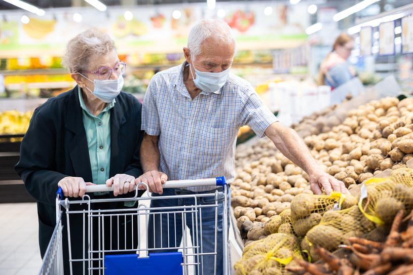 Producenci na Broniszach zaznaczają, że ich największym problemem są sieci handlowe, które całkowicie zdominowały handel /©123RF/PICSEL