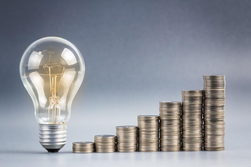 Producenci szykują się na dalsze podwyżki cen energii /123RF/PICSEL