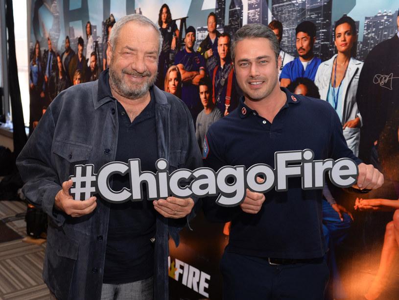 Producent Dick Wolf oraz aktor Taylor Kinney. /Daniel Boczarski /Getty Images