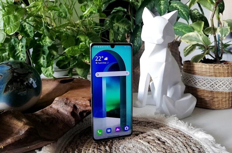 Producent LG Velvet chwali się wsparciem sieci 5G /materiały promocyjne