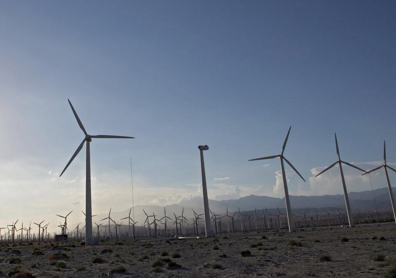 Produkcja energii z OZE po raz pierwszy większa niż z węgla /© Glowimages