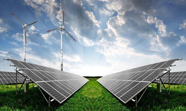 Produkcja energii z OZE wciąż nie jest opłacalna /©123RF/PICSEL