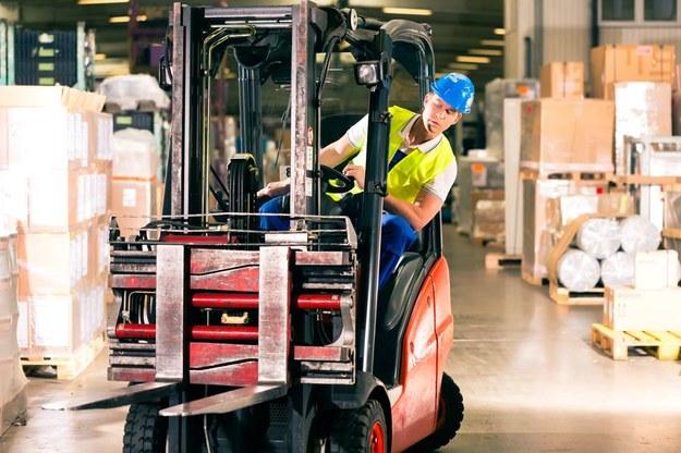 Produkcja, logistyka i przemysł w Polsce w ostatnich miesiącach rozwijają się w niespotykanym tempie /123RF/PICSEL