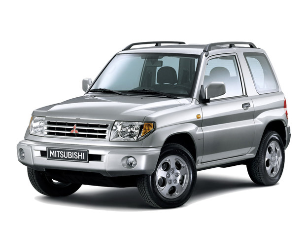 Produkowano go w latach 1998-2007, stały napęd 4x4, brak diesli. /Mitsubishi