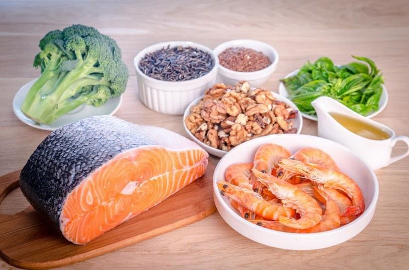 Produkty bogate w tłuszcze omega 3 /© Photogenica