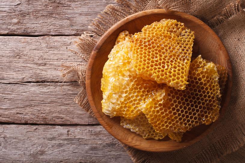 Produkty pszczele wykazują mnóstwo dobroczynnych właściwości /123RF/PICSEL