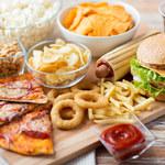 Produkty typu junk food: Dlaczego niszczą nasze zdrowie?