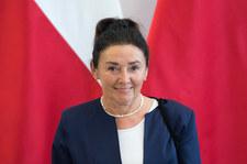 Prof. Alicja Chybicka: Zrobiłabym listę chętnych do szczepienia rosyjską i chińską szczepionką